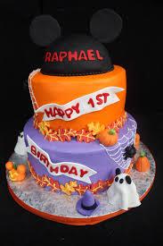 halloween birthday cakes for kids mickey not so scary halloween