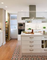 cuisine carreau de ciment cuisine avec carreaux de ciment mariage de styles chargé d