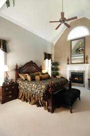 Master Bedroom Ideas Vaulted Ceiling Best 10 Cathedral Ceiling Bedroom Ideas On Pinterest Vaulted
