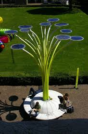 solar trees for solar powered evs