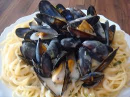 cuisiner des moules au vin blanc spaghetti aux moules marinières astuces et recettes de cuisine