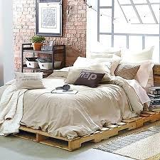 Pallet Platform Bed Pallet Bed Rroom Me