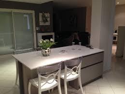 ilot cuisine avec table table avec rangement cuisine idées décoration intérieure