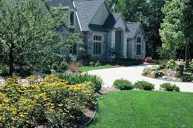 Fall Cleanup Landscaping by Lawn Care Services Se Wisconsin Racine Grass Cutting Racine