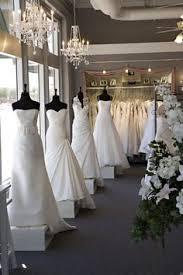 wedding dress boutiques ellie sanderson bridal boutique hummingbird card company