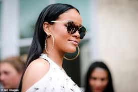 rihanna hoop earrings white la students told they can t wear hooped earrings daily