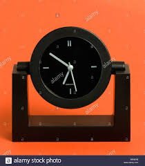 Battery Operated Desk Clock Time Clocks Analogue Battery Powered Black Analogue Quartz