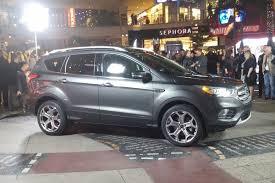 ford crossover escape preview 2017 ford escape autos ca