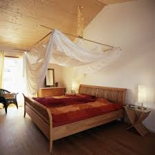 Schlafzimmer Bett Selber Machen Moderne Häuser Mit Gemütlicher Innenarchitektur Kleines
