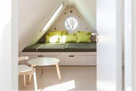 schlafzimmer mit schrge einrichten schlafzimmer mit dachschräge gestalten 8 tipps