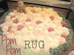 How To Make My Own Rug Pom Pom Rugs Are A Super Easy Diy To Try Pom Pom Rug Super Easy