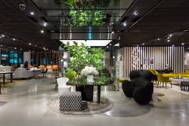 Colico Design Outlet by Oriental Suggestions In The New B U0026b Italia Store Ifdm