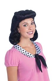 pin up girl costume 1940s hair accessories flowers snoods wigs bandannas