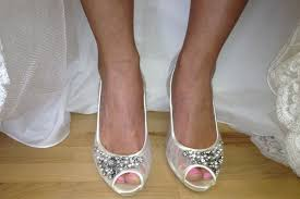 Wedding Shoes For Bride Comfortable Most Cozy Bridal Shoe Selection Tips And Recommended Brands