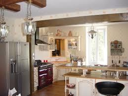 cuisine avec piano de cuisson superior cuisine provencale avec ilot 7 provencale lave