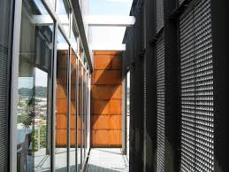 emerald art glass house fisher architecture the emerald art glass house is a site sensitive cantilevered home for the owners of a glass company this is contextual design located on pittsburgh s