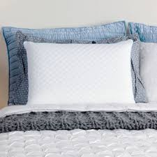 memory foam bed pillows memory foam bed pillow by comfort revolution