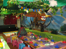 dinosaur birthday party supplies here s some great dinosaur party ideas that will instantly