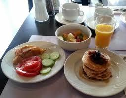 hote de cuisine best plus hotel de chassieu ร ปถ ายของ best plus