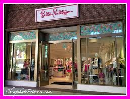 lilly pulitzer stores disney world extravagance shopping for lilly pulitzer disney s