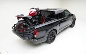Honda Ridgeline Bed Extender Check Out These Decked Out Ridgeline Models At The 2016 Sema Show
