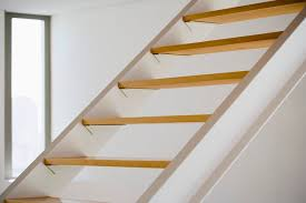 Oak Stair Banister The Difference Between Pine U0026 Oak Stairs Hunker