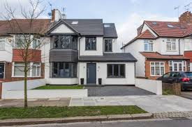 British Houses A Dream British Home For Parties Wembley Fc Modern Family And
