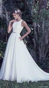 plain white wedding dresses picture of modern plain white scoop neckline a line wedding gown