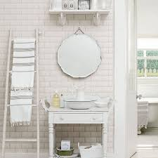 Shabby Chic Small Bathroom Ideas by 57 Best Great Bathroom Ideas Images On Pinterest Bathroom Ideas