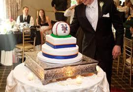 wedding cake ny sports themed weddings baseball themed wedding cake ideas