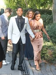 kevin hart wedding inside kevin hart s wedding to model eniko parrish