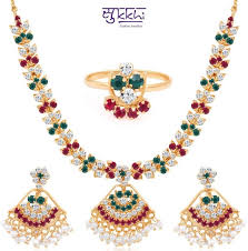 gold set for marriage 9 jewellery pieces which look expensive but they are not