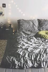 White Ruffled Comforter Bedding Set Ruffled Comforter Amazing Ruffled White Bedding 20