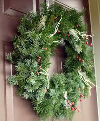 fresh wreaths diy fresh christmas wreaths the ramblings of an aspiring small