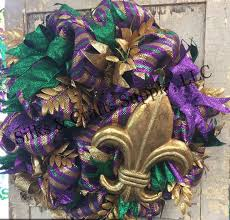 mardi gras mesh 40 best mardi gras images on wreaths deco mesh and