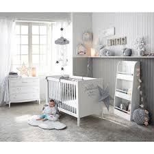 étagère murale chambre bébé chambre b b grise cocooning d coration rangement con etagere murale