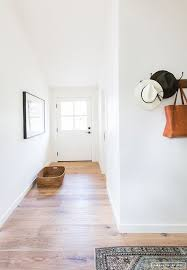 White Walls Home Decor Best 25 Decorating White Walls Ideas Only On Pinterest Living