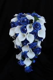 Calla Lily Bouquets A Cascading Rose U0026 Calla Lily Wedding Bouquet Collection U2013 Detail