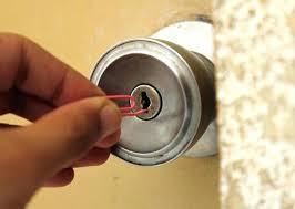 how to pick a bedroom lock pick locks door oiseoxford me