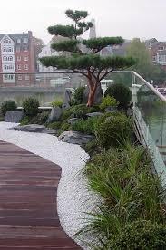 Japanese Garden Lamp by Japanischer Garten Auf Dachterrasse Traumhaftes Wohnen Im