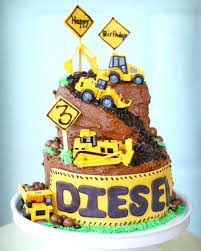 construction cake ideas crane bird cake ideas construction cakes really dig mums diesel