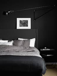 Black And White Bed 10 Chambres Au Look Noir Bedrooms Decoration And Interiors
