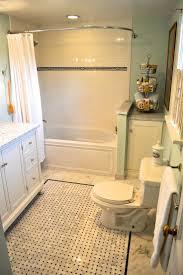 best 25 1920s bathroom ideas on pinterest vintage bathroom gorgeous farmhouse style bathroom design inspiration wondrous farmhouse style bathroom with white brick gloss ceramic backsplash and white built in bathtub