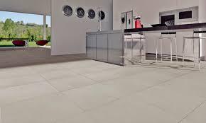 carrelage pour sol de cuisine carrelage d intérieur de cuisine au sol en grès cérame