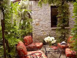 petit salon de jardin pour terrasse aménagement terrasse de styles et inspirations différents pour