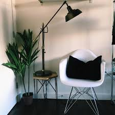 Simplemodern Vivian Vo Farmer U0027s Apartment Downtown Seattle Clean Simple