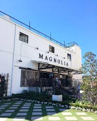 waco texas real estate chip and joanna gaines chip and joanna gaines magnolia market 10 things you need to