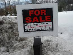 Clinton House Chappaqua by One Of Hillary Clinton U0027s Neighbors Is Trolling Her With This Sign