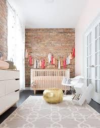 décoration chambre bébé fille jumeaux inspirations gris mansardee idees mur poetique idee