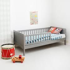 cuisine enfant 3 ans cuisine lit enfant bois xcm gris amã lie lit bebe 3 ans